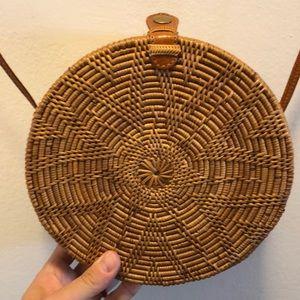 Handbags - Wicker circular bag